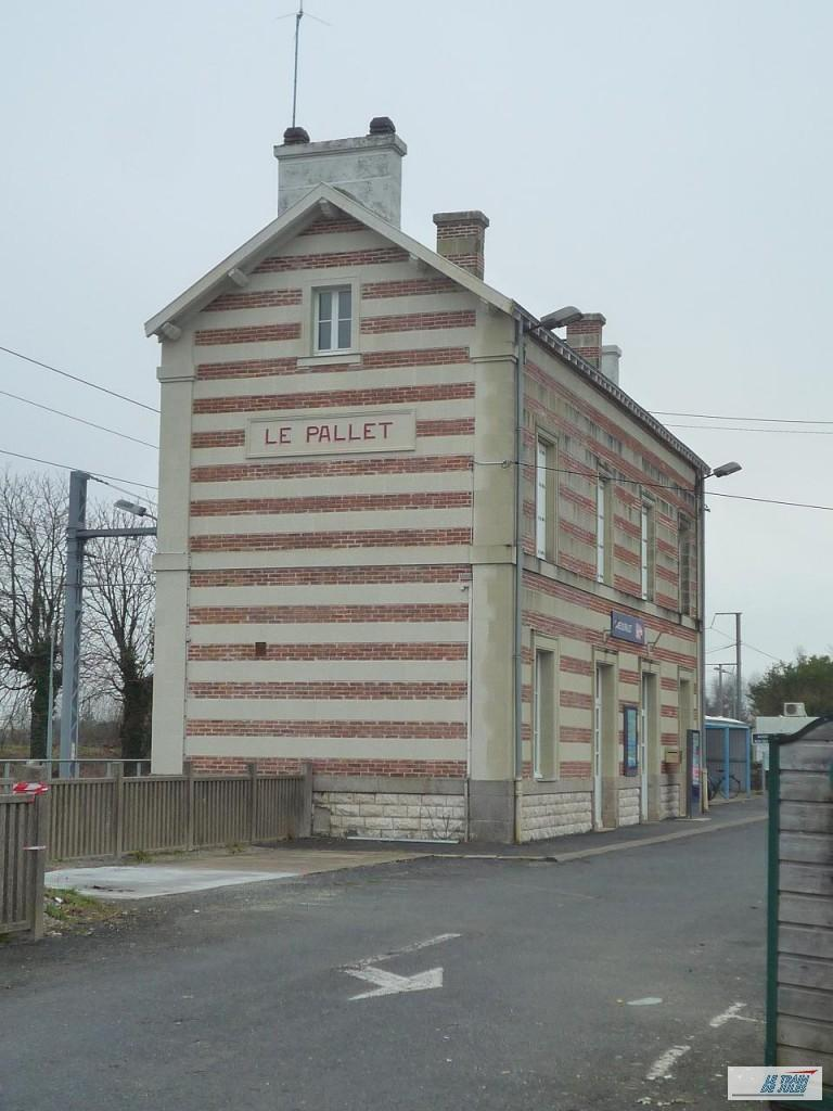 Le Pallet : Sa gare PO.