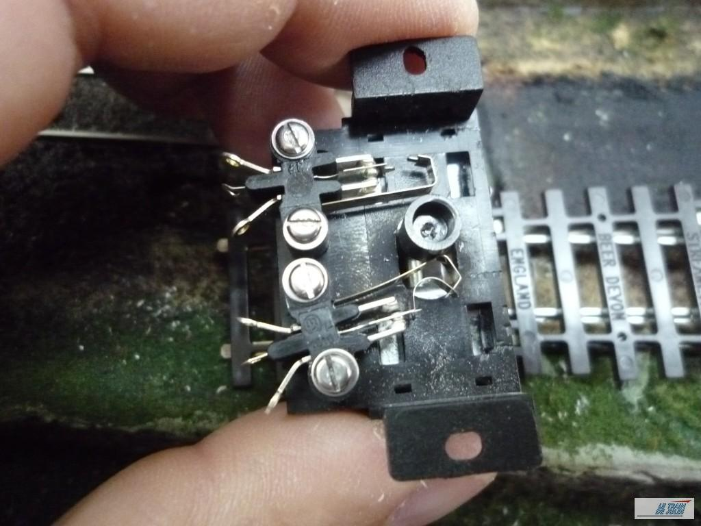 Connecteur Peco PL 15.