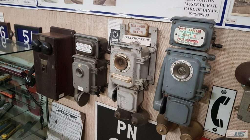 Musée du rail de Dinan - Téléphones de voies