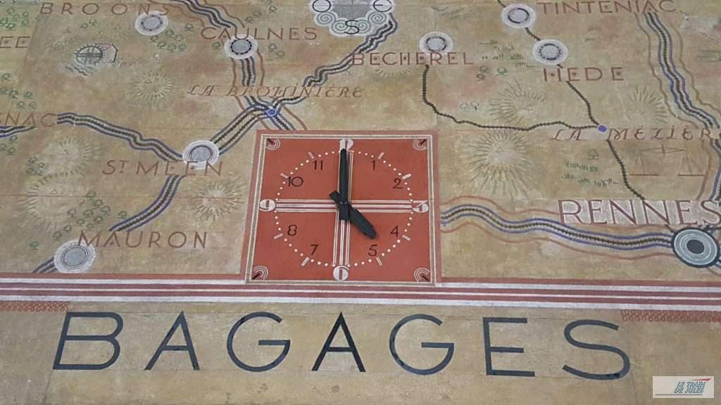 Horloge gare de Dinan.