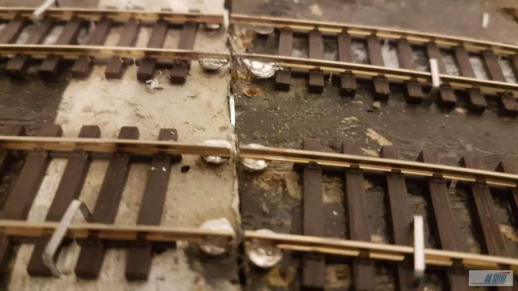 Rail soudé à l'exterieur