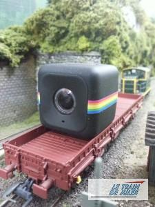 Polaroïd Cube caméra HD sur le wagon