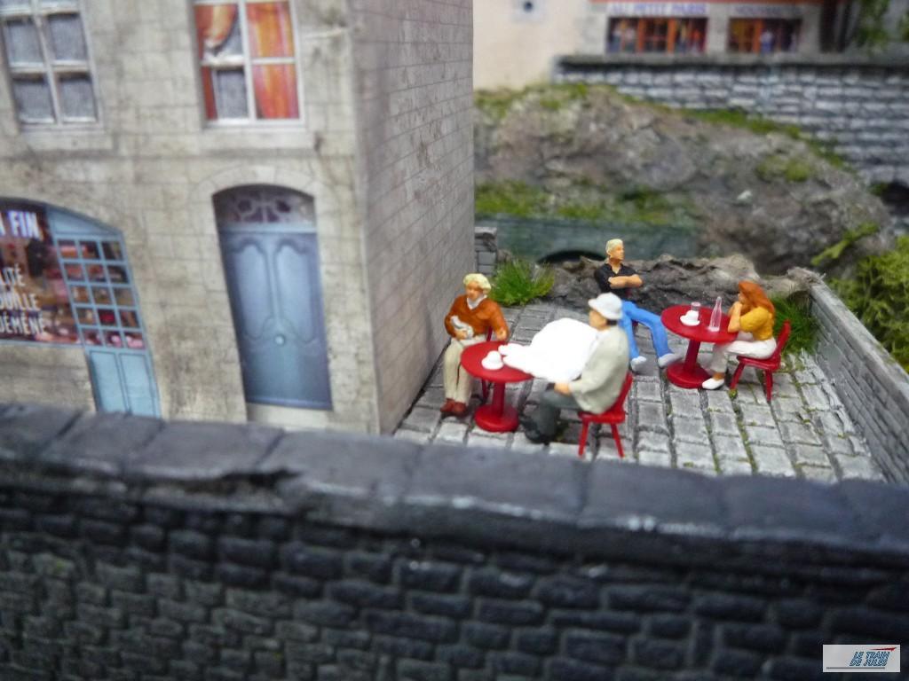 Les vacanciers à la terrasse