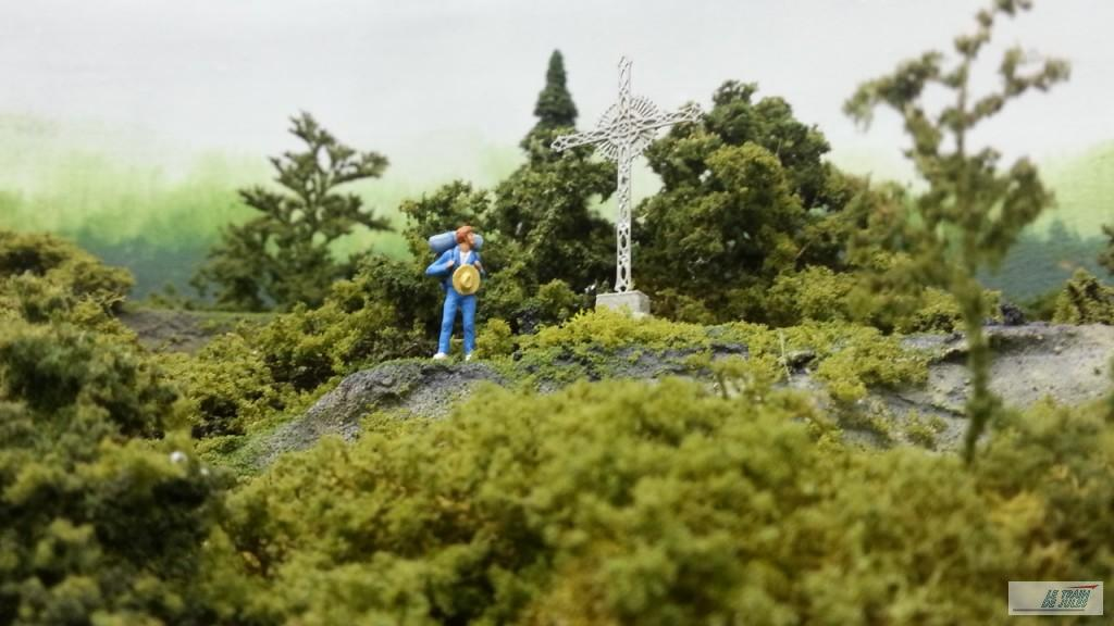 Calvaire et buissons