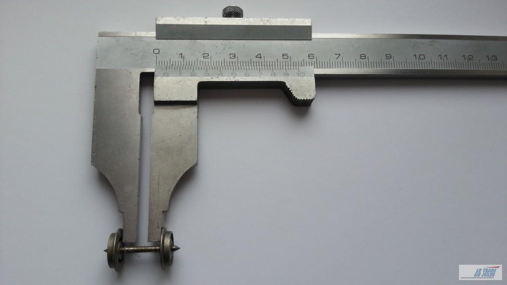La mesure de l'essieu.