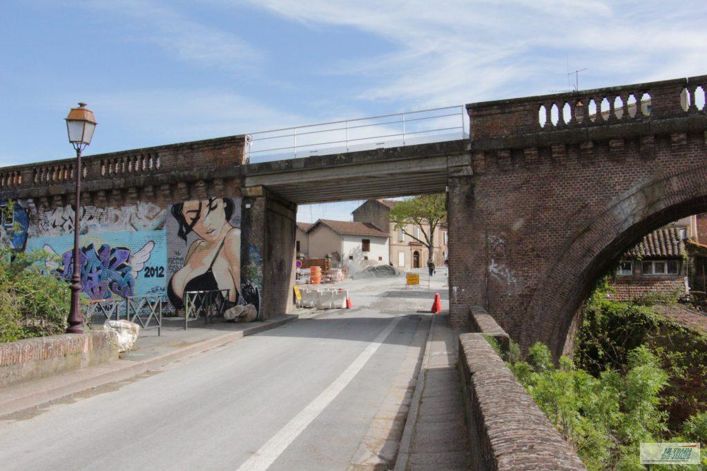 pont routier sous le Viaduc ferroviaire d'Albi