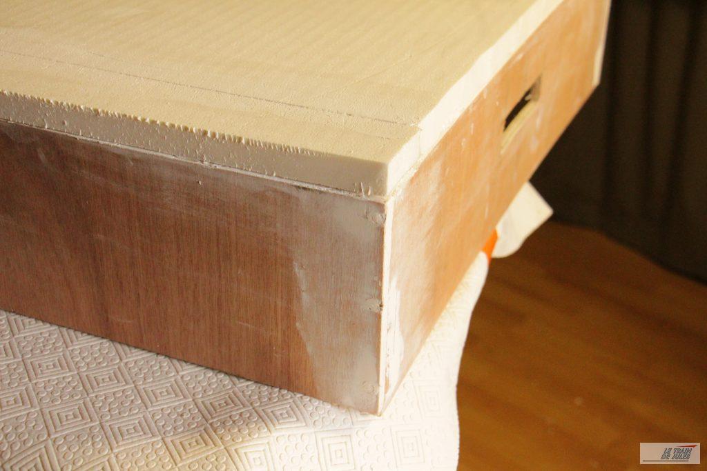 Plateau 2 cm en polystyrene.