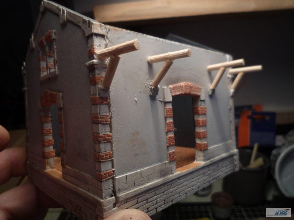 support de toit de la halle marchandises