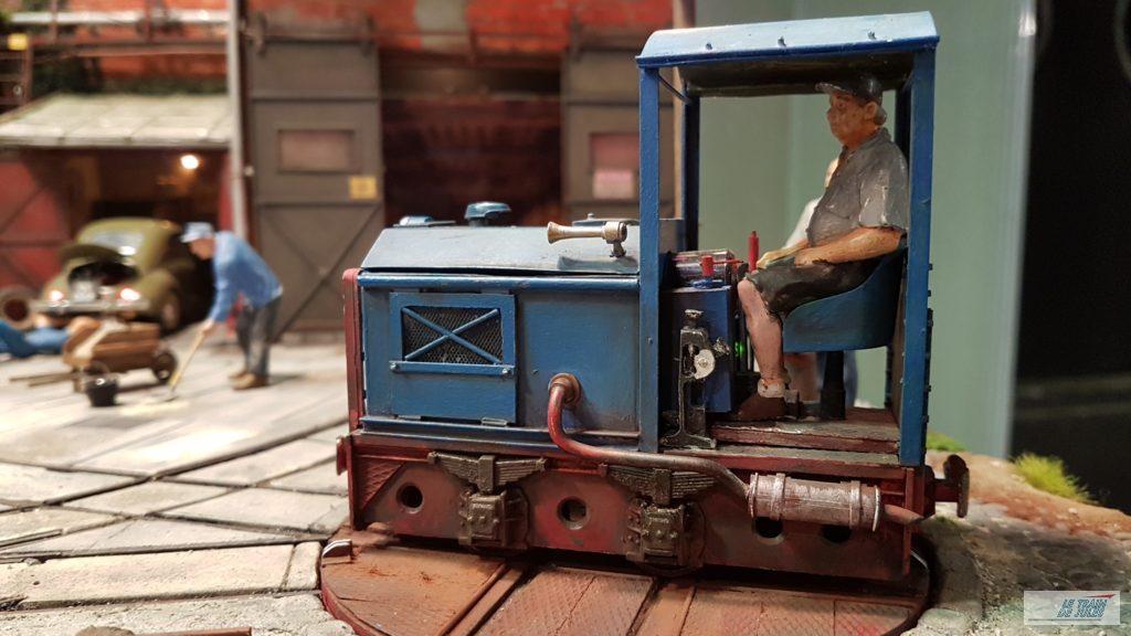 Le locotracteur bleu